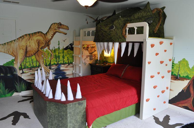 Crocodile bed-