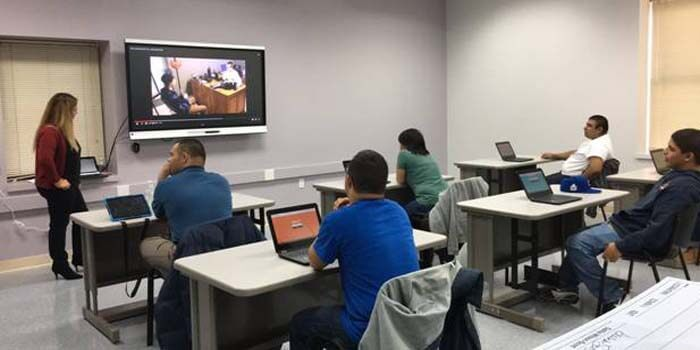 How Smart Class Technology Is Benefiting The Education