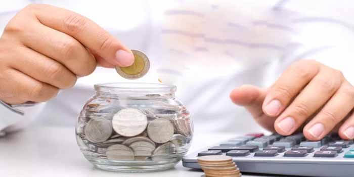 HOW TO MANAGE YOUR FINANCES AS A STUDENT