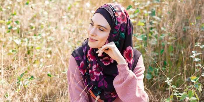 Top 3 Hijab Fabrics and How to Wash Them